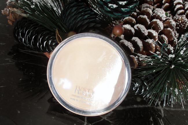 p=18903 Compacte poeder van Ivsty Cosmetic
